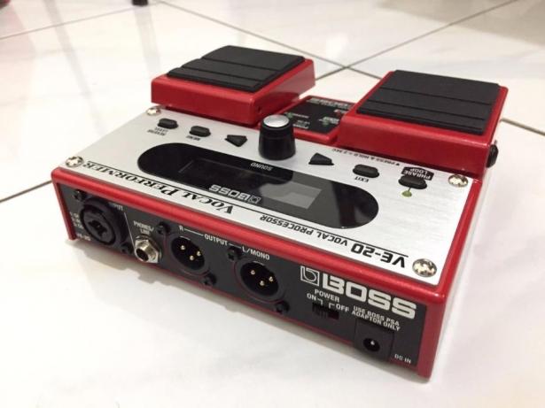 Boss VE 20 Vs Digitech Vocal 300 2